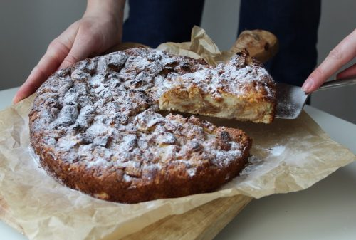 Suiker broodpudding taart